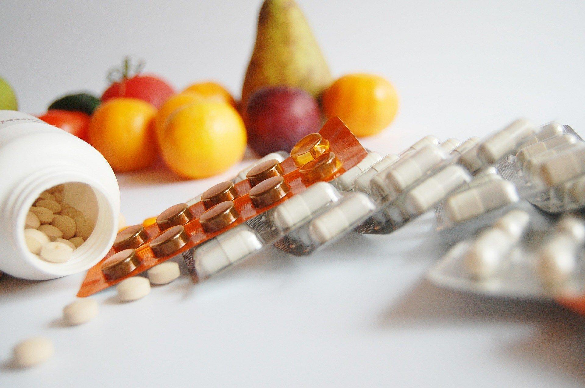 Natürliche versus künstliche Vitamine für dein Tier